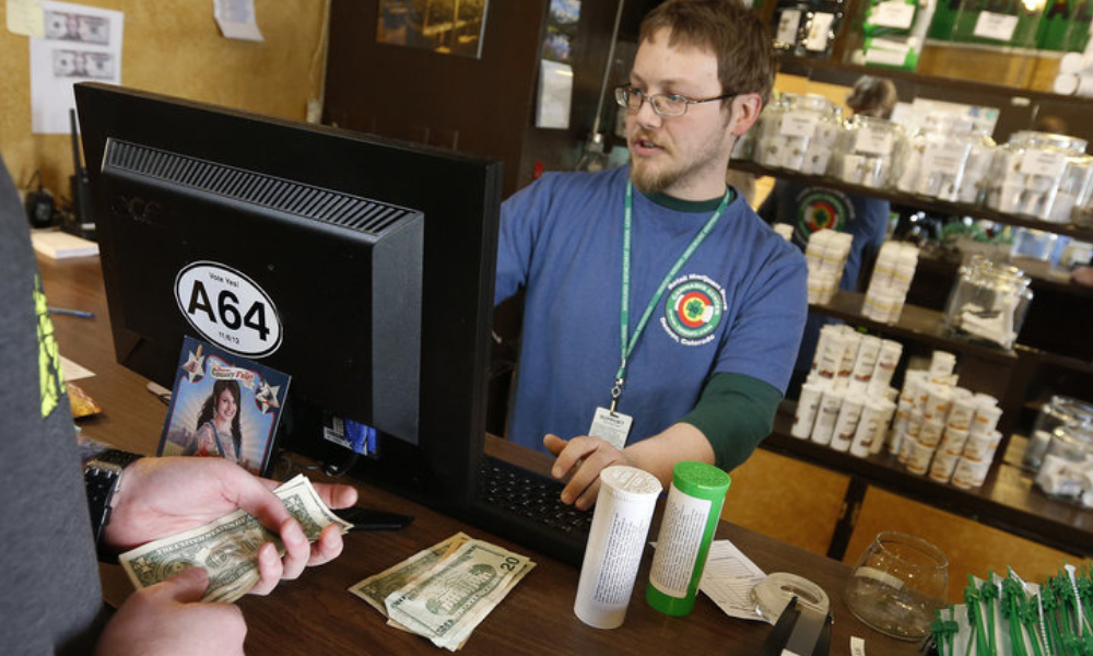 38 Attorneys General Ask Congress To Bring Marijuana Money Into Banking System photo